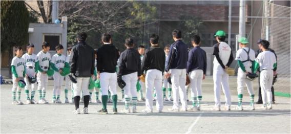 2017/12/16 毎年恒例の6年生の送別試合(Aチーム vs コーチ)が行われました。